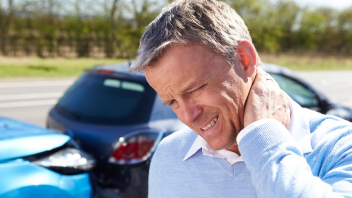 Suffering From Whiplash? 5 Ways to Relieve Pain